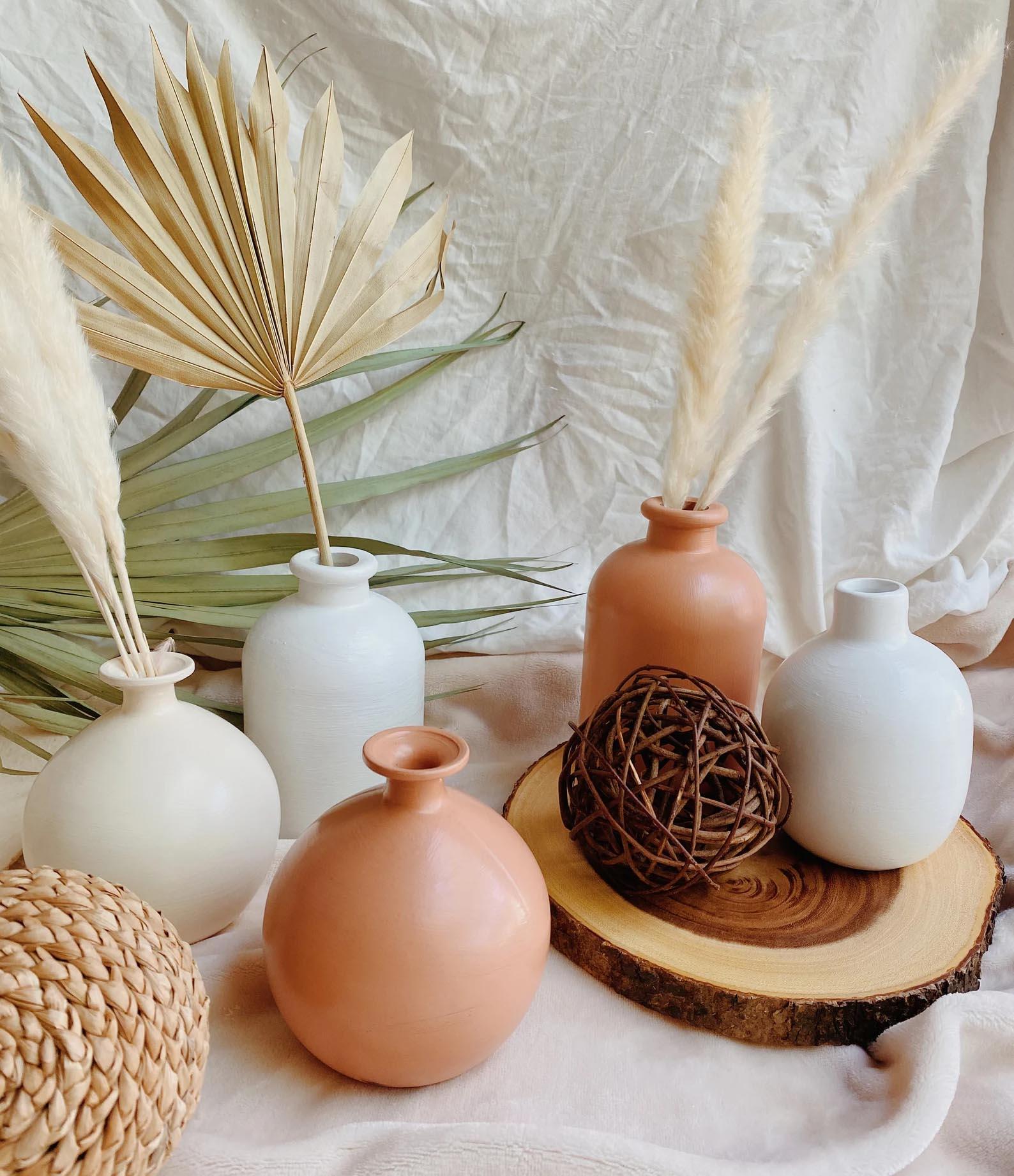 Modern Fall Decor Ideas - Hand painted matte vases.