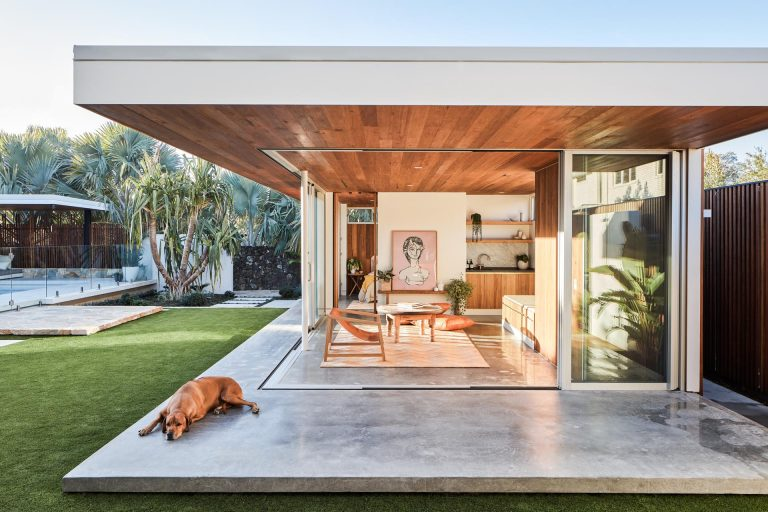 This Mid-Century Modern Inspired Backyard Studio Was Designed As A Place For Visitors To Stay